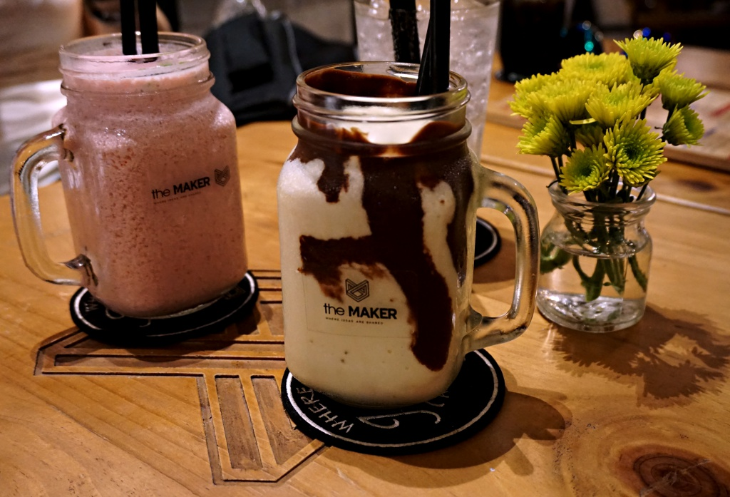 cafe-house-the-maker-smoothie